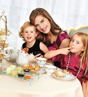 Brooke_shields and daughters