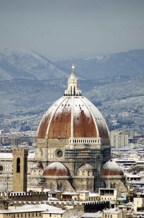 Florence duomo snow