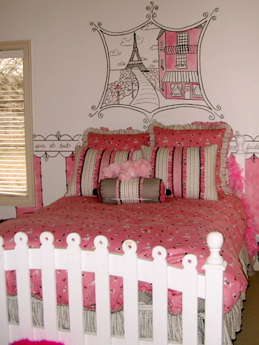 Girls Room Paris PinkGiraffee7 10large4