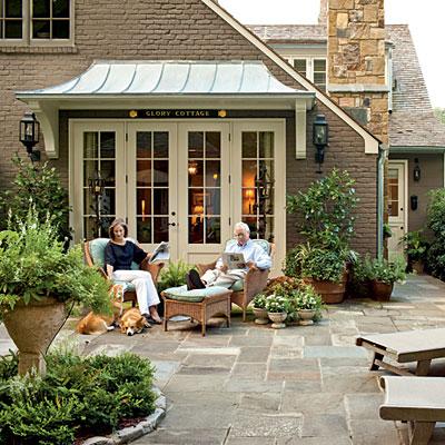 South-cottage-patio-l
